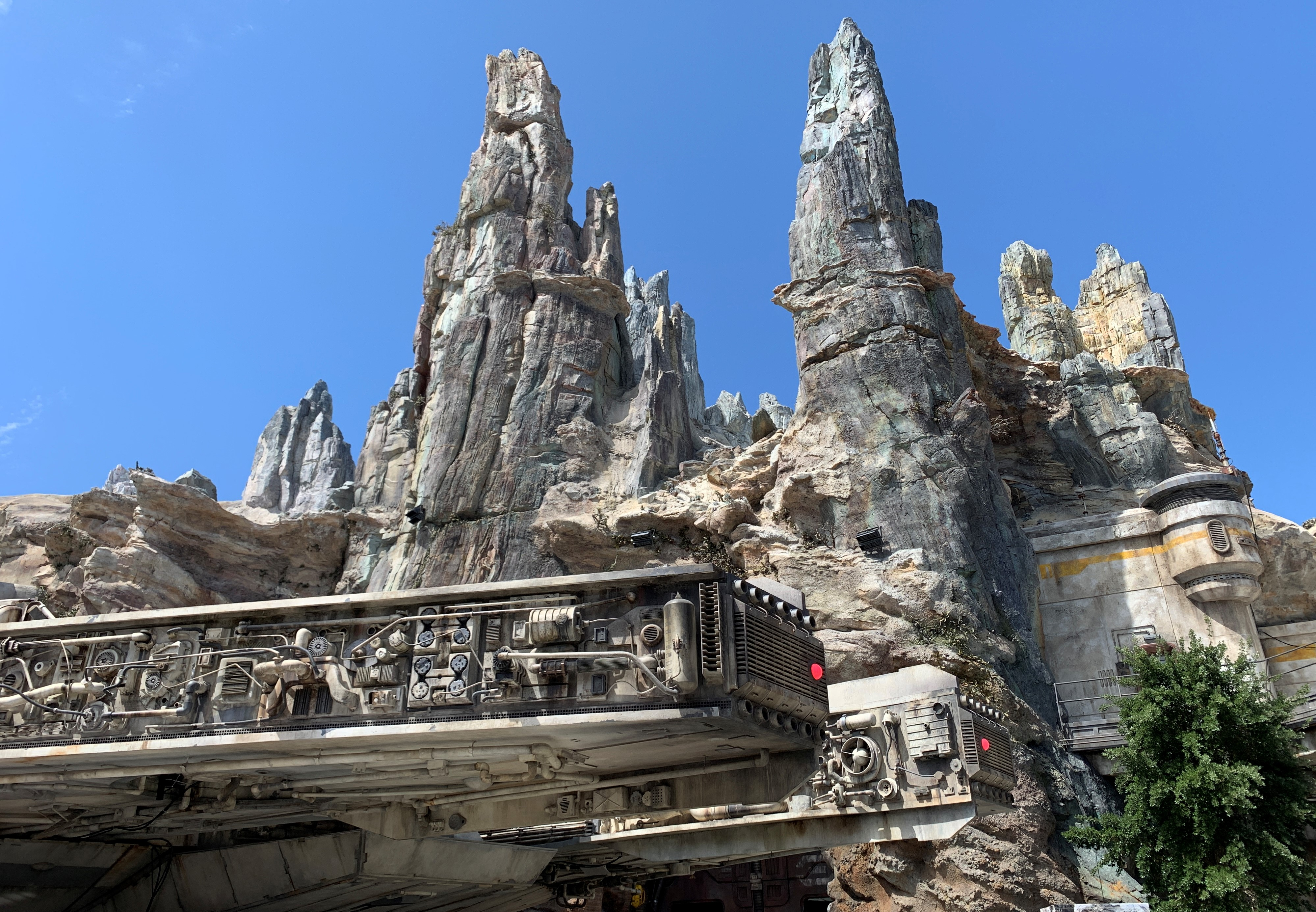 A familiar freighter awaits nestled in the beautiful spires of Batuu!